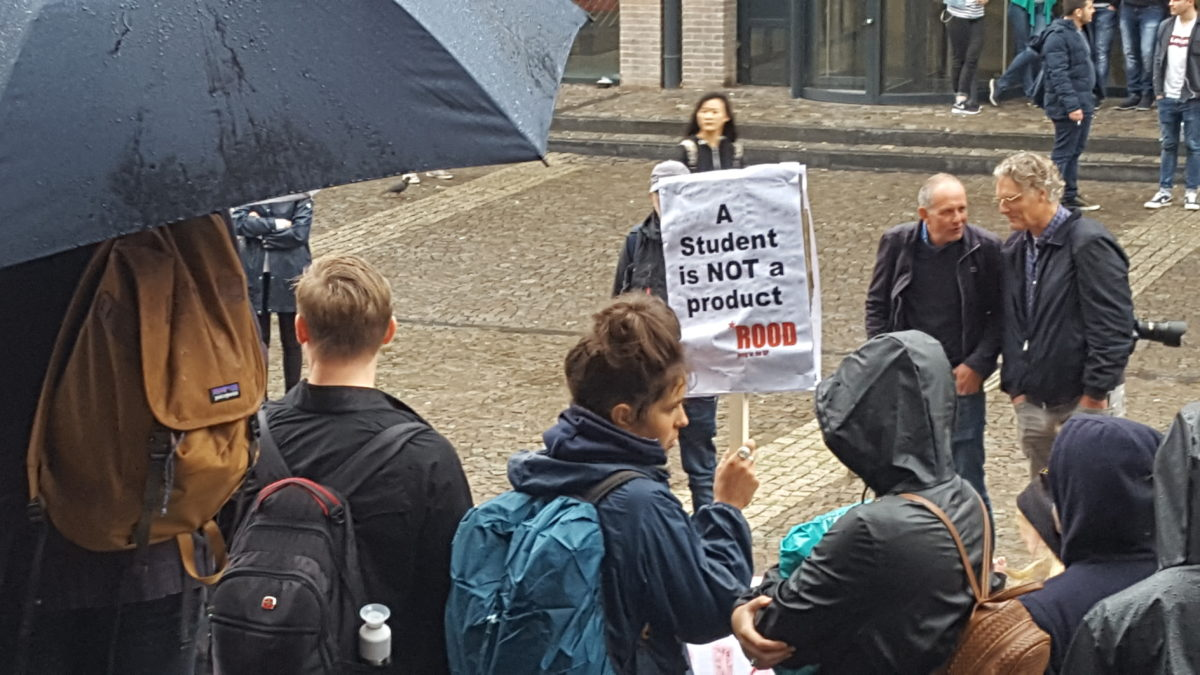 Internationale studenten: poppema can we stay with you? sikkom